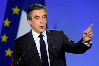Les anciens Premiers ministres, comme François Fillon, conservent toutefois la possibilité de bénéficier «sans limitation de durée» d'un véhicule avec chauffeur.