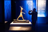 << Toutankhamon, le tresor du pharaon >> avait tout d'un evenement et d'un succes annonce en presentant 150 objets trouves en 1922 dans la tombe du jeune pharaon, dont 60 sortaient pour la premiere fois d'Egypte.