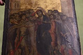 «Le Christ moqué» est le thème de ce tableau de petite taille (25,8 cm sur 20,3 cm), peinture à l'œuf et fond d'or sur panneau de peuplier,