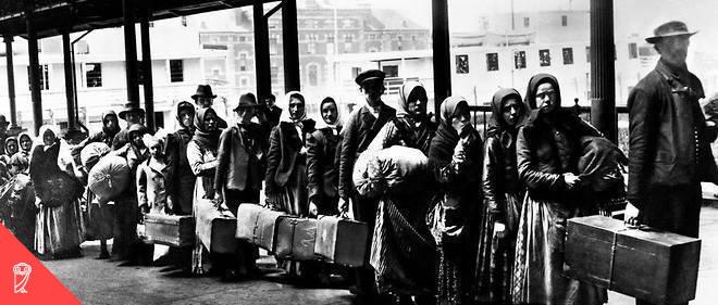 Immigrants on Ellis Island reception centre; New York City; 1902