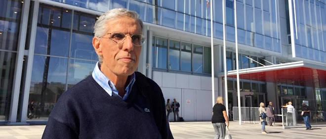 Le cardiologue Georges Chiche, 67 ans, a saisi l'agence de pharmacovigilance dès le 17 février 1999. Vingt ans plus tard, il témoigne au procès du Mediator (photo prise le 23 septembre 2019 devant le palais de justice).