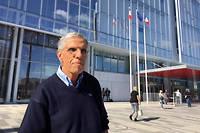 Le cardiologue Georges Chiche, 67 ans, a saisi l'agence de pharmacovigilance des le 17 fevrier 1999. Vingt ans plus tard, il temoigne au proces du Mediator (photo prise le 23 septembre 2019 devant le palais de justice).