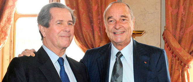 Jean-Louis Debré et Jacques Chirac dans le cadre de la commémoration du 50e anniversaire du Conseil constitutionnel.