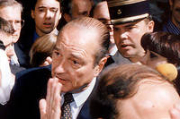 Le 22 octobre 1996, Chirac engueule le service d'ordre israélien et devient un héros pour le monde arabe. Derrière lui, aux aguets, Peer de Jong, son aide de camp.  ©HENDLER/SIPA