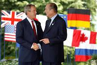 Jacques Chirac et George W. Bush en juin 2003, lors d'un G8 à Évian.