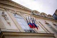Les drapeaux sont en berne pour Jacques Chirac (ici à l'Élysée).