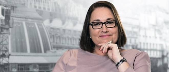 Christine Marot, spécialiste de la finance, dirige BLueLife, leader du marché immobilier sur l'île Maurice.