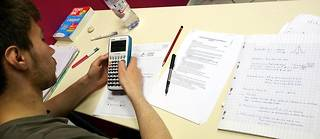 Les candidats au bac S ont planché pendant quatre heures sur leur épreuve de mathématiques.