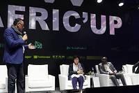 <p>Mohamed Zoghlami, organisateur de l'Afric'up, introduit les deux jours de débats pour la seconde édition de l'événement phrare de la tech africaine, à Tunis.</p>