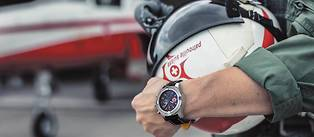 <p>Avenger Chronograph 45 Swiss Air Force Team Limited Edition. Acier. Mouvement automatique Calibre 13. 550 exemplaires.</p>
