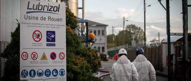 5 253 tonnes de produits chimiques ont brûlé dans l'usine Lubrizol.
