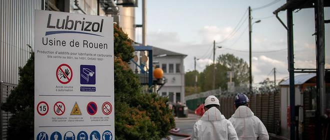 Après le sinistre survenu dans un entrepôt de Lubrizol, le 26 septembre, la récolte des fruits et légumes a été interdite dans une centaine de communes en Normandie et dans les Hauts-de-France.