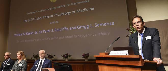 Thomas Perlmann, secrétaire du comité Nobel, annonce les lauréats 2019 du Nobel de médecine lundi 7 octobre.