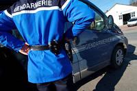 L'homme a appelé un voisin avant de se suicider. Ce dernier a prévenu les gendarmes.