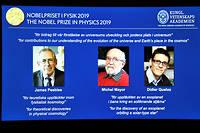 Les trois chercheurs, astrophysiciens et astronomes, ont contribué à « une nouvelle compréhension de la structure et de l'histoire de l'Univers ». « Leurs travaux ont changé à jamais nos conceptions du monde », a indiqué l'Académie.