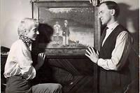 Boris Vian et Ursula Kübler emménagent dans l'appartement de la Cité Véron dans le 18e arrondissement en 1954.