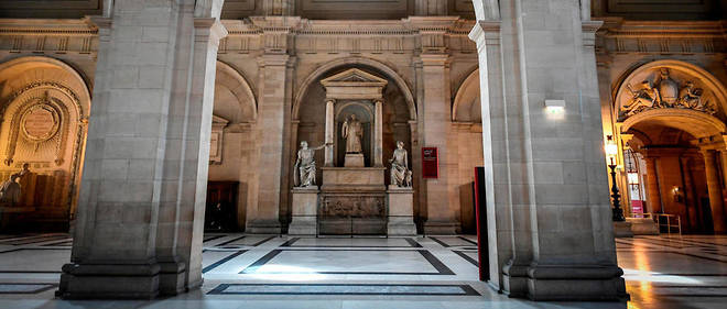 Le procès de cet homme se tient jusqu'à vendredi au Palais de Justice de Paris. (Ici, la salle dite des «pas perdus»)