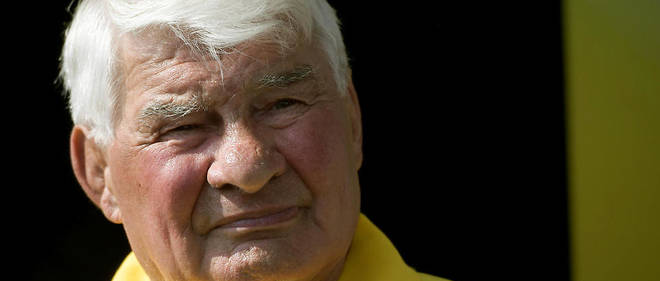 « Raymond est très fatigué depuis le dernier Tour de France », a expliqué son épouse Gisèle Poulidor.