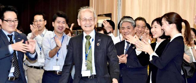 Le Japonais Akira Yoshino est l'un des trois inventeurs récompensés par le prix Nobel de chimie, le 9 octobre 2019, pour la batteries en lithium.