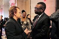 De nombreuses personnalités du monde artistique ont fait le déplacement de Lyon pour le Fonds mondial de lutte contre le sida, la tuberculose et le paludisme : ici, Bono et Youssou N'Dour le 9 octobre 2019.