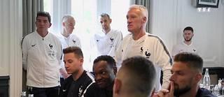 Réalisé par Nagui, ce documentaire tente de percer la vie de l'homme le plus important du football français.