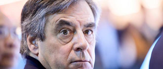 Depuis la Suisse, l'ancien Premier ministre a commenté la situation  politique en France. Et il n'admet pas vraiment d'avoir perdu…