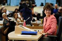 « C'est d'abord une crise institutionnelle majeure pour l'Europe parce que sans commissaire français, la Commission ne peut pas se mettre en route », a déclaré Amélie de Montchalin sur France Inter.