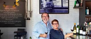A La Factory, Christian et Caroline Curtet ont misé sur unedéco originale.  ©Ian HANNING/REA