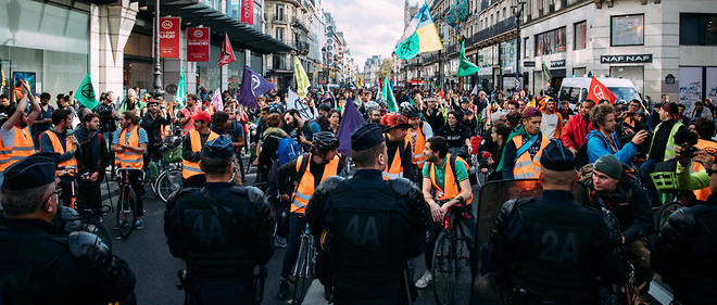 Le 11 octobre, les activistes d'Extinction Rebellion rue de Rivoli.