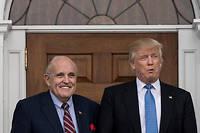 Donald Trump a qualifié Rudy Giuliani de « type formidable» et « merveilleux avocat ». (Illustration)