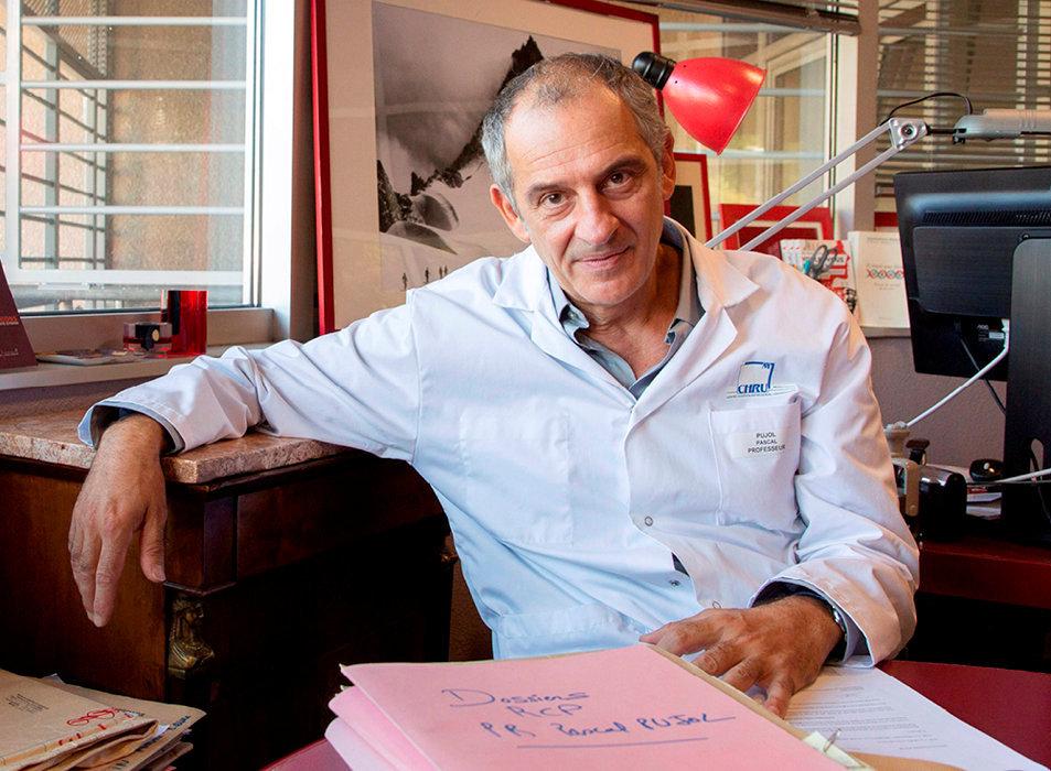 Expert. Le PrPascal Pujol, chef du service d'oncogénétique du CHU de Montpellier, auteur de «Voulez-vous savoir? Ce que nos gènes disent de notre santé» (HumenSciences, 192p., 20€).