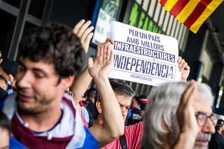 Un pique-nique de soutien aux neuf condamnés à Barcelone.