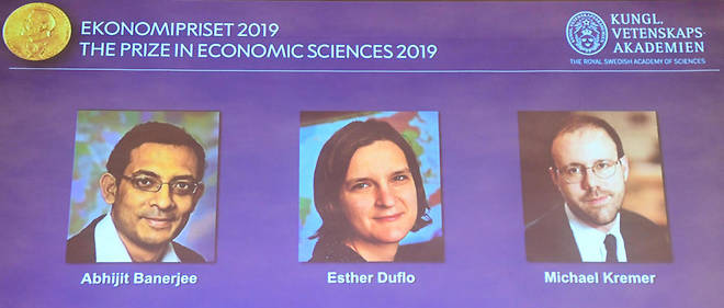 Abhijit Banerjee, Esther Duflo and Michael Kremer, lauréats du prix Nobel d'économie 2019.