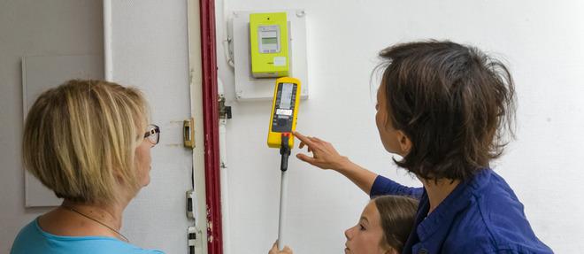 Mesure des ondes électromagnétiques réalisée par la société Ondorama. Les diverses études réalisées par les agences d'État concluent à l'inocuité du compteur Linky en matière électromagnétique.