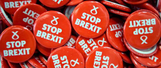 Des badges «Stop Brexit» duParti national écossais en octobre.