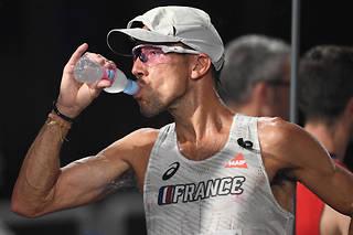 Aux Championnats du monde de Doha, le Français Yohann Diniz, spécialiste de la marche, a été forcé d'abandonner à cause de la chaleur.