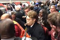 Les manifestants ont été pris à partie dans le métro.