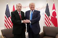 Les États-Unis ont annoncé avoir trouvé un accord avec la Turquie sur un cessez-le-feu en Syrie. Il prévoirait la création d'une «zone de sécurité» en échange de la cessation des hostilités.