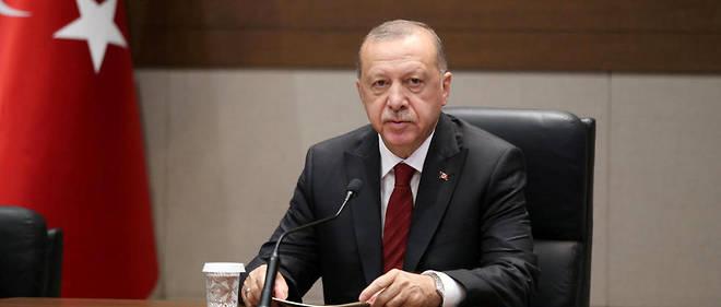 Dès que le délai de 120 heures expire, nous reprendrons là où nous nous étions arrêtés et continuerons à écraser les têtes des terroristes », a martelé le président turc.