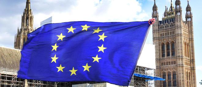 La semaine s'annonce cruciale outre-Manche, alors que les deputes ont vote samedi le report du vote sur l'accord sur le Brexit conclu entre Boris Johnson et le Vieux Continent.