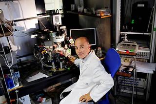 Pierre-Marie Lledo est directeur de recherche à l'Institut Pasteur au sein du département des neurosciences.