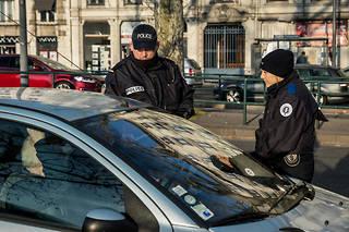 Elle reçoit des amendes alors que c'est la police qui roule avec sa voiture