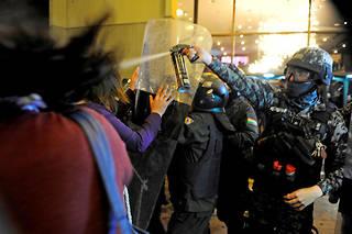 De violents incidents ont éclaté lundi soir dans diverses régions de la Bolivie après la publication de résultats contestés de l'élection présidentielle.