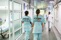 Certains services de pédiatrie franciliens n'avaient reçu aucune candidature d'internes, menaçant leur bon fonctionnement pour l'hiver (photo d'illustration).