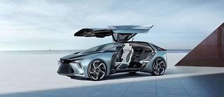 Le Lexus LF-Concept ne doit pas être pris comme un manifeste de design mais il explore quelques usages nouveaux comme les moteurs dans les roues ou la livraison des bagages par drone.