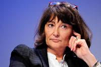 L'universite Bordeaux-Montaigne a annule une conference de la philosophe Sylviane Agacinski sous la pression de collectifs etudiants estimant que << les droits des personnes LGBT ne sont pas a debattre >>.