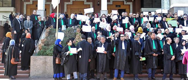 La justice algérienne est véritablement grippée avec ses juges et procureurs en grève «illimitée» depuis dimanche pour réclamer plus l'indépendance.