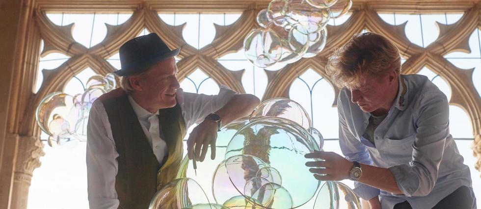 <p>Art et horlogerie. La marque du groupe Richemont dévoile dans sa boutique parisienne l'œuvre «<em>Moments of Happiness III</em>» des frères Verhoeven.</p> <p></p> <p></p>