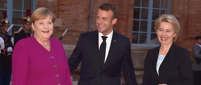 Emmanuel Macron surveille avec attention la situation à Berlin et retient son souffle. Quant à la Commission von der Leyen, elle ne sera peut-être pas encore entrée en fonction au 1erdécembre…