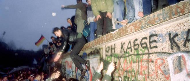 «Les images parlent plus fort que les mots: la destruction du mur de Berlin, le 9novembre 1989, date de manière précise la fin de l'Empire soviétique et de l'idéologie communiste», pour Guy Sorman.